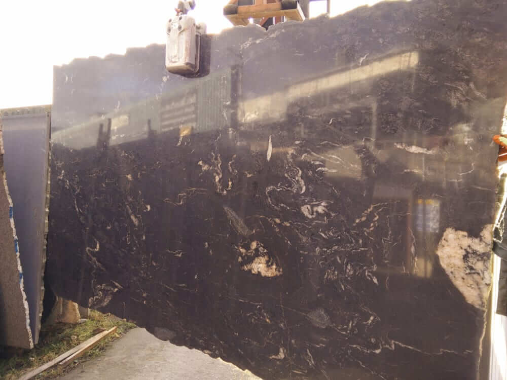 Kosomo Granite Slabs