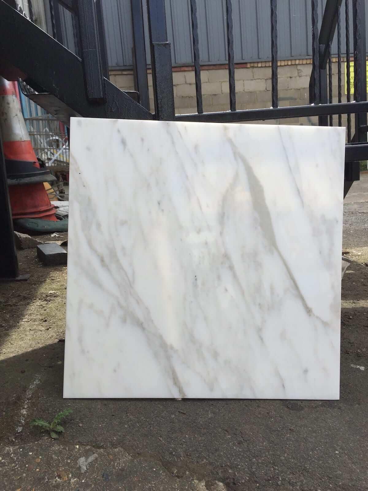 Calacatta Oro Marble Tiles 61x61