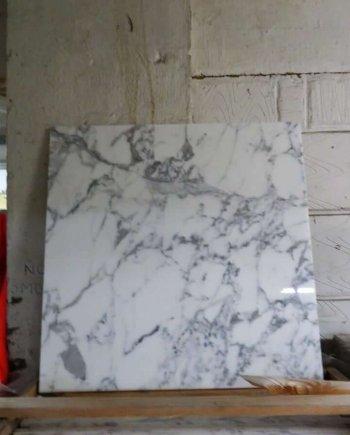 Arabescato Marble Tiles 610 x 610