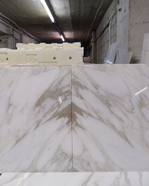 Calacatta Vagli Marble Tiles 457 x 457
