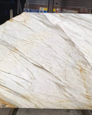 Calacatta Borghini marble slabs to buy