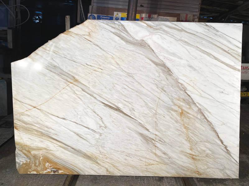 Calacatta Borghini marble slabs to buy