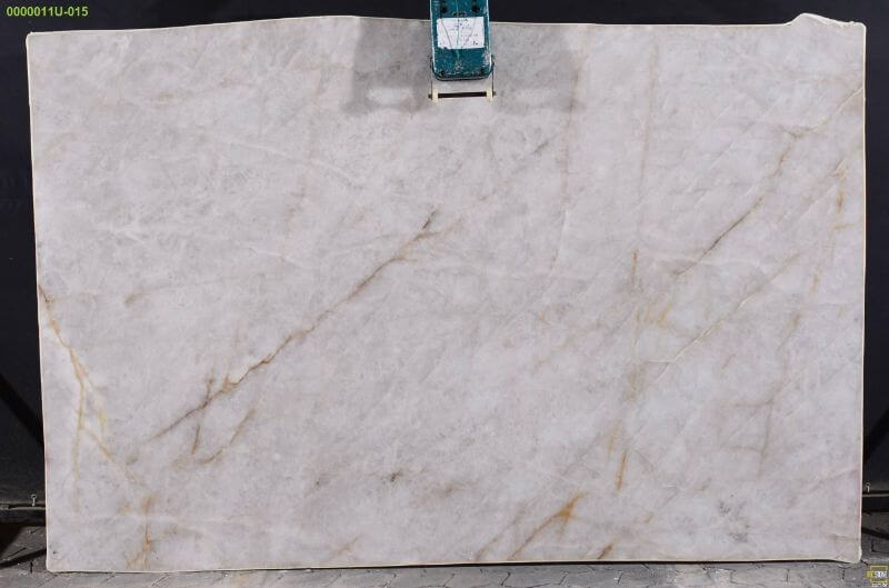 Cristallo Quartzite slabs