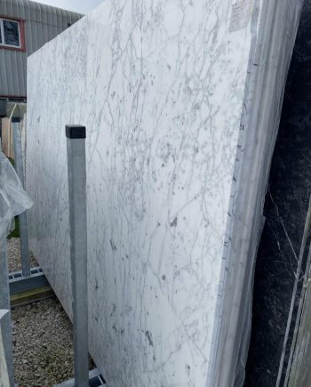 Statuarietto marble slabs as displayed in our London yard